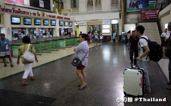 華藍薘火車站,部分百貨公司行李寄放.jpg