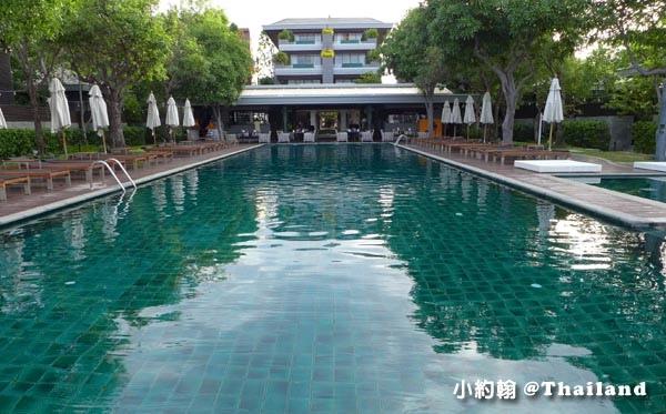 Rest Detail Hotel Hua Hin Rest pool.jpg
