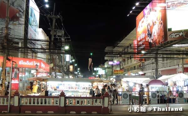 Koti Hua Hin@night market.jpg