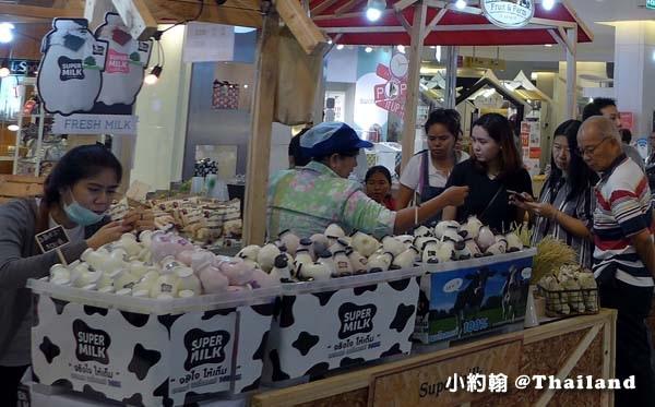 Fruit & Farm@Central World牛奶攤.jpg