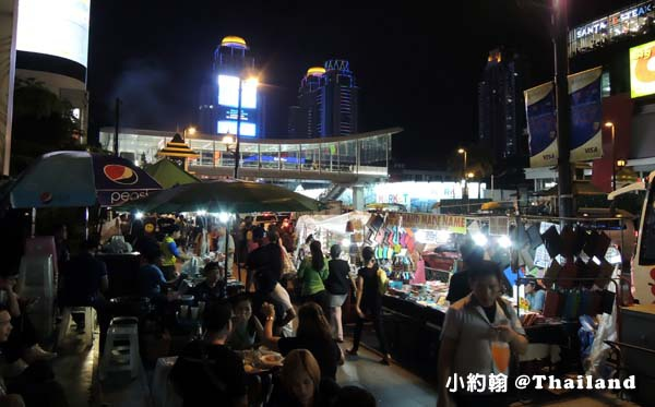 Central World street food night marekt5.jpg