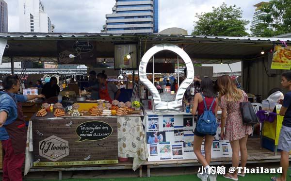 曼谷夜市ART BOX創意貨櫃市集10.jpg