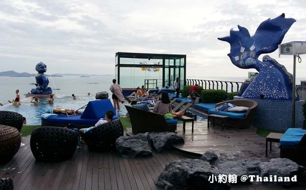 Siam@Siam Pattaya Double Deck sky Pool5.jpg