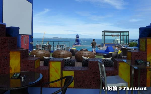 Siam@Siam Pattaya Double Deck sky Pool.jpg