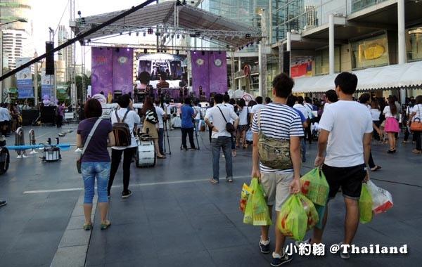 Central World bangkok熱舞秀.jpg