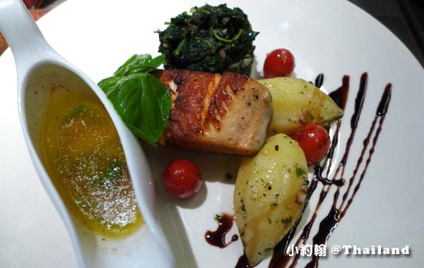 華欣美食Rest Scene Rest Detail Hua Hin烤鮭魚.jpg