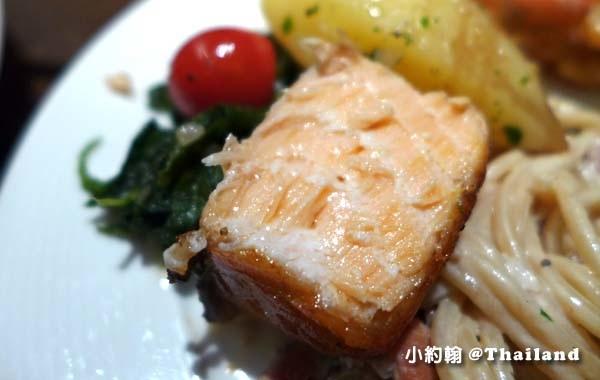 華欣美食Rest Scene Rest Detail Hua Hin烤鮭魚2.jpg