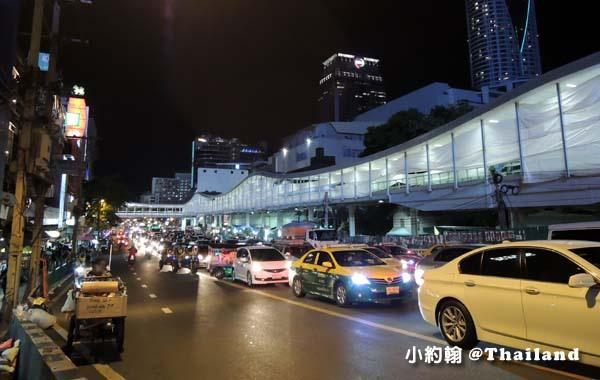 曼谷水門市場Platinum Market天橋