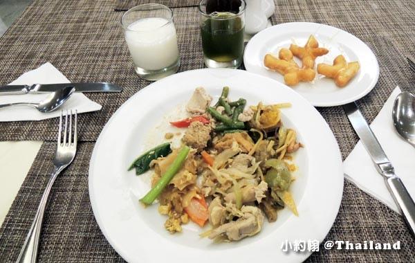 Centara Udonthani hotel Ban Chiang breakfast5.jpg