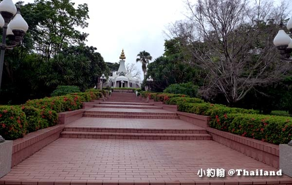 Luang Poo Khao Analyo Museum2.jpg