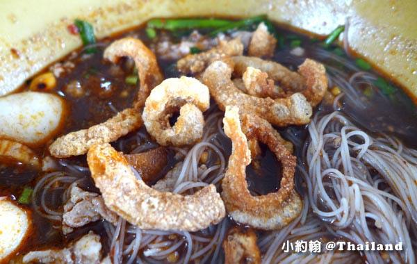 泰式米粉湯Nong Bua Lamphu豬皮酥2.jpg