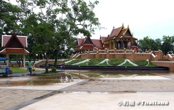 King Naresuan the Great Mounment(shrine)@Nong Bua Lamphu2.jpg