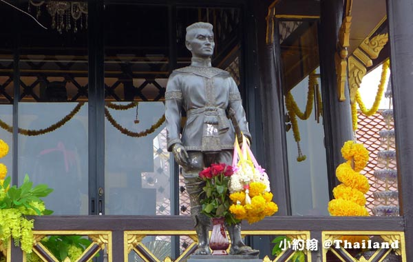 King Naresuan the Great Mounment(shrine)@Nong Bua Lamphu4.jpg