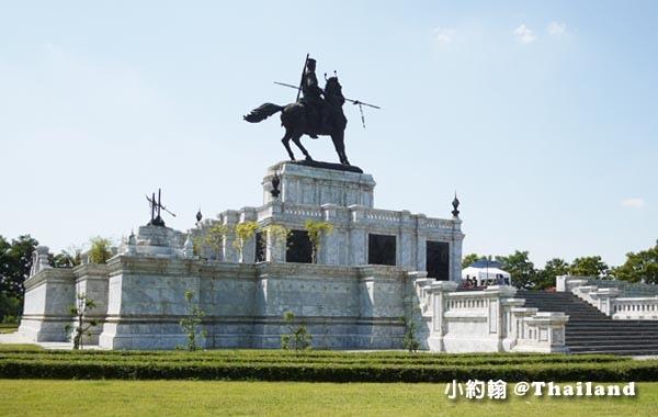 King Naresuan monument Ayutthaya