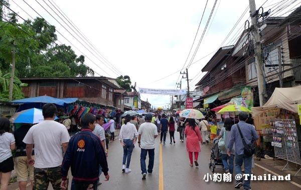 Phi Ta Khon Wat Phon Chai Loei Ban Doen3.jpg