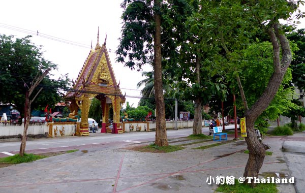 Wat Tha Khrok  Chiang Khan Loei.jpg