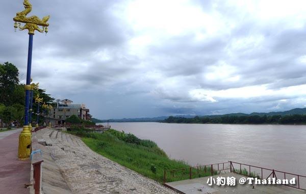 Chiang Khan Mekong River Public Park2.jpg