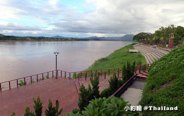 Chiang Khan Mekong River Public Park3.jpg