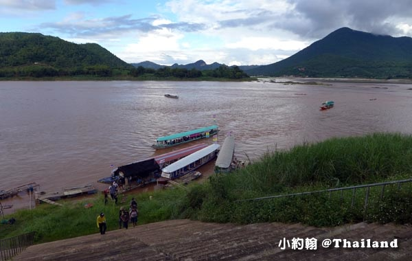 清康碼頭搭船遊湄公河Mekong River1.jpg