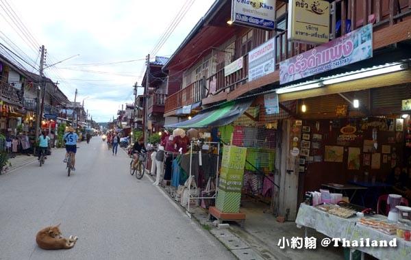 Chiang Khan清康老街夜市4.jpg