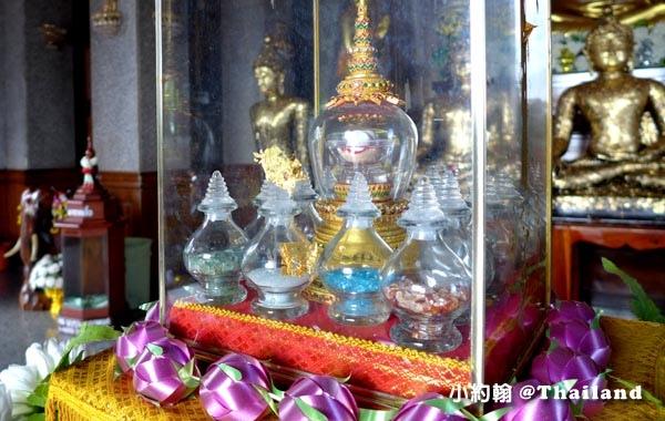 泰國廊開府Wat Pha Tak Suea Nong Khai佛寺舍利子.jpg