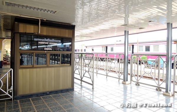 Nong Khai Immigration廊開火車站入境通關.jpg