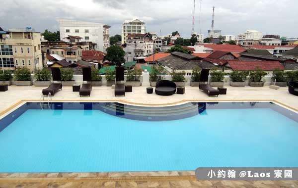 Lao Plaza Hotel寮國廣場飯店POOL.jpg