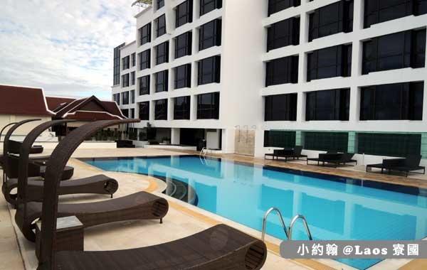 Lao Plaza Hotel寮國廣場飯店POOL2.jpg