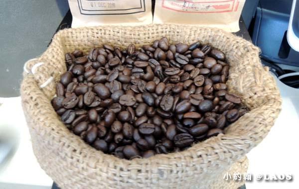 寮國永珍Joma Coffee That Luang5.jpg