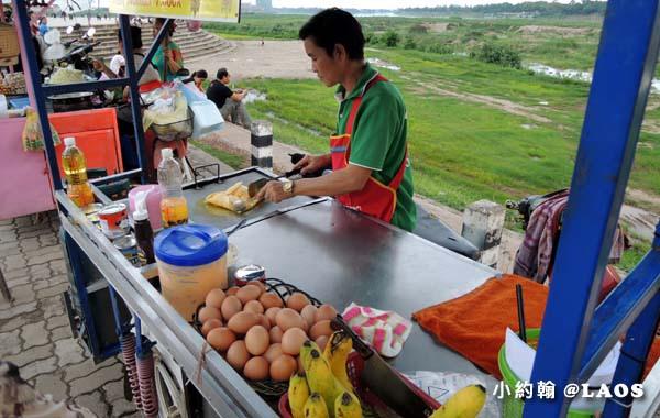 寮國永珍夜市Chao Anouvong Park8.jpg