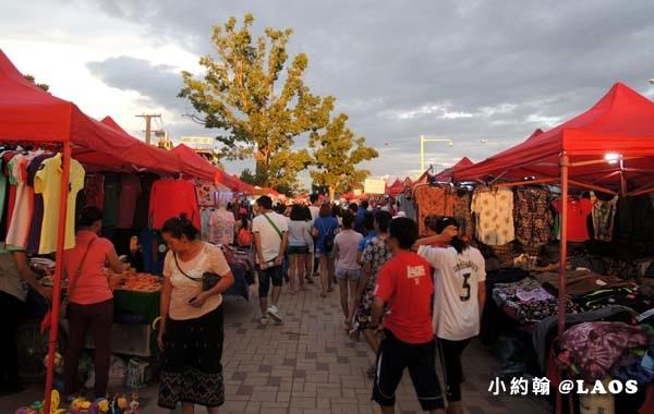 寮國永珍夜市Chao Anouvong Park17.jpg