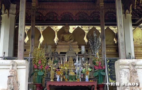 Pha That Luang Stupa Vientiane Laos塔鑾寺7.jpg
