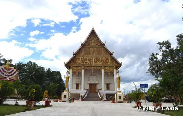 Pha That Luang Stupa Vientiane Laos塔鑾寺11.jpg