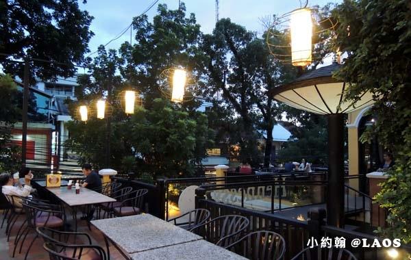 Khop Chai Deu Restaurant bar Vientiane4.jpg