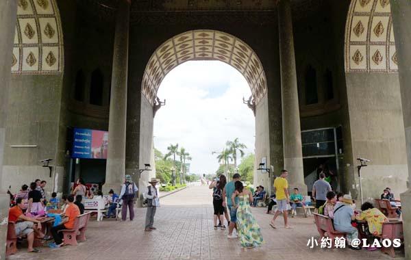 Patuxay Victory Monument Patuxai LAOS凱旋門13.jpg