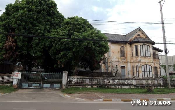 寮國漂亮法式古董房子jpg.jpg