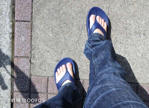美國OOFOS肌力恢復紓壓夾腳拖鞋4.jpg