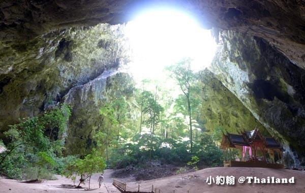 Phraya Nakhon Cave帕亞那空穴中廟