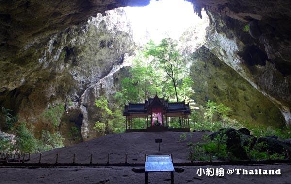 Phraya Nakhon Cave帕亞那空穴中廟5.jpg