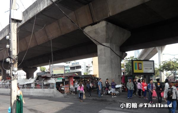 曼谷Victory Monument勝利紀念碑站 Minivan小巴9.jpg