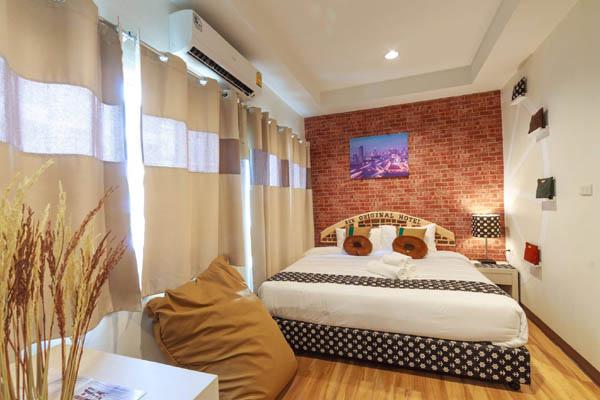 Bkk Original Hotel Bangkok room2.jpg