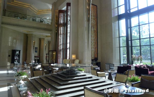Siam Kempinski lobby.jpg
