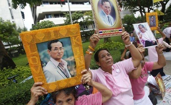 泰皇普密蓬病逝 享年88歲2.jpg