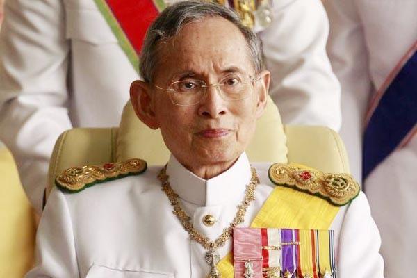 泰皇普密蓬病逝 享年88歲.jpg