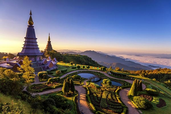 Doi Inthanon National Park AMAZING THAILAND