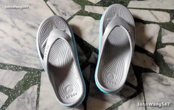 Crocs動力迪特人字拖 真的夾腳的夾腳托鞋.jpg