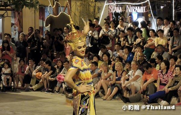 Siam niramit暹羅劇場晚上戶外表演4.jpg