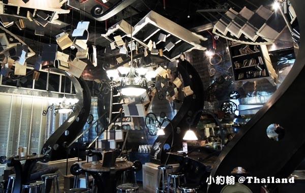 The Bookshop Bar曼谷魔法書咖啡廳.jpg