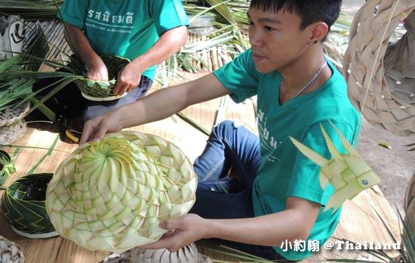 Coconut Museum.Baanrimklong Homestay椰子葉帽.jpg