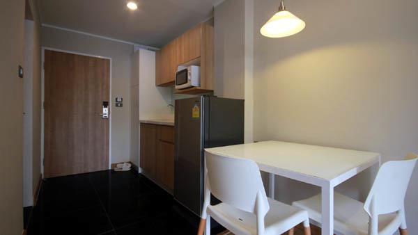Sereine Sukhumvit 39 Residence Bangkok room3.jpg